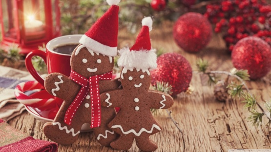 christmas_gingerbread_3-wallpaper-1366x768